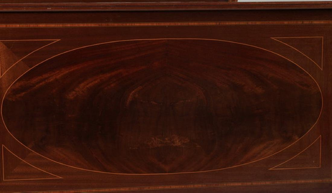 Early 20th c. French walnut bedstead - 4