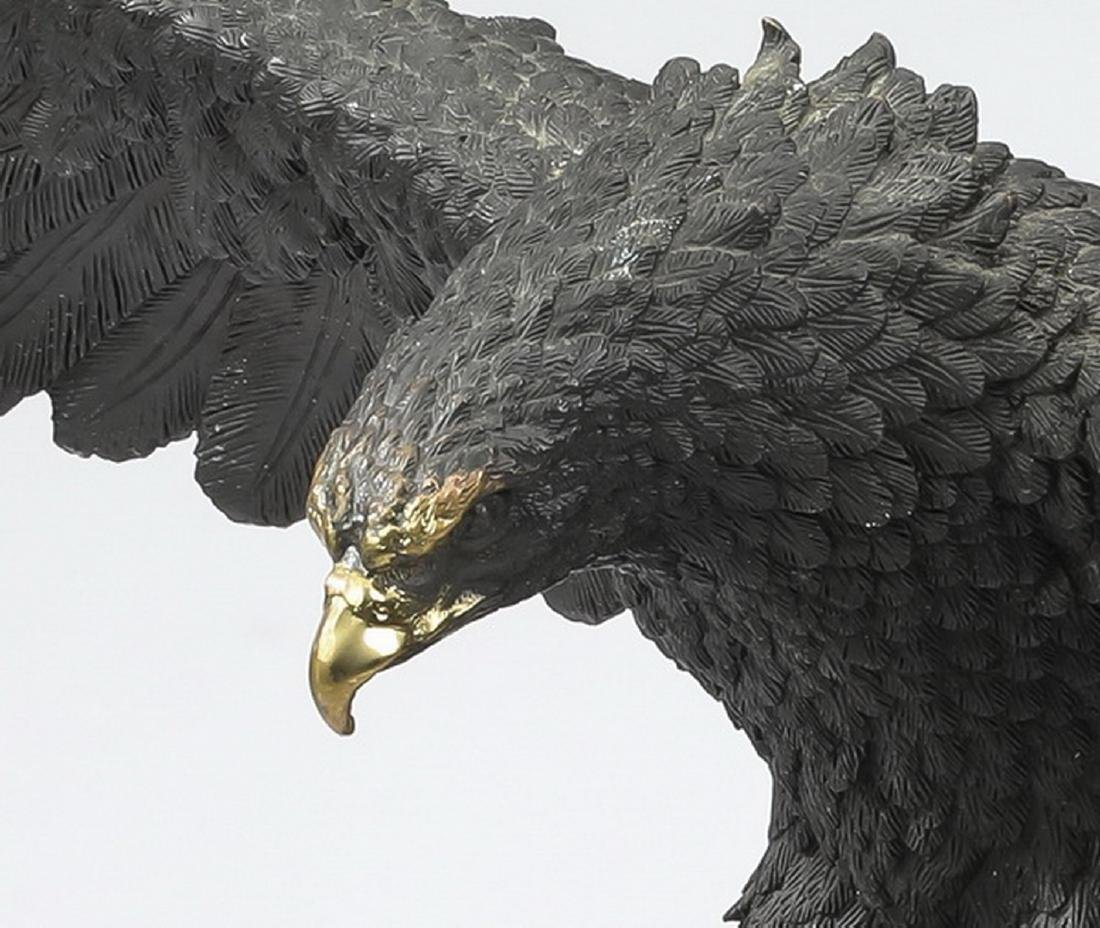 Patinated bronze sculpture of an eagle - 2