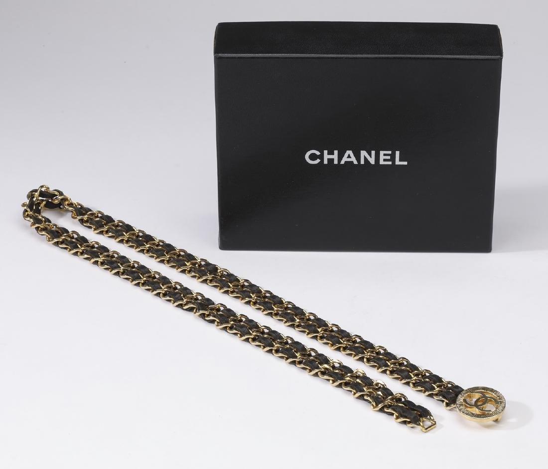 Chanel vintage CC single medallion double chain belt