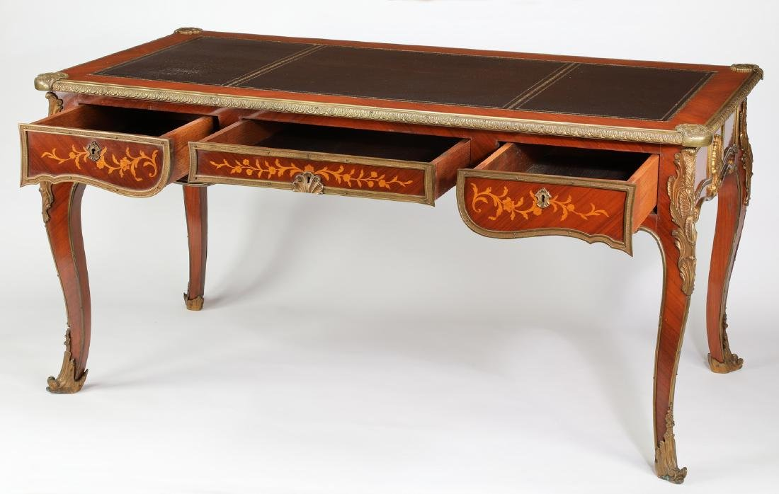 Early 20th c.satinwood inlaid desk w/ bronze mounts - 3