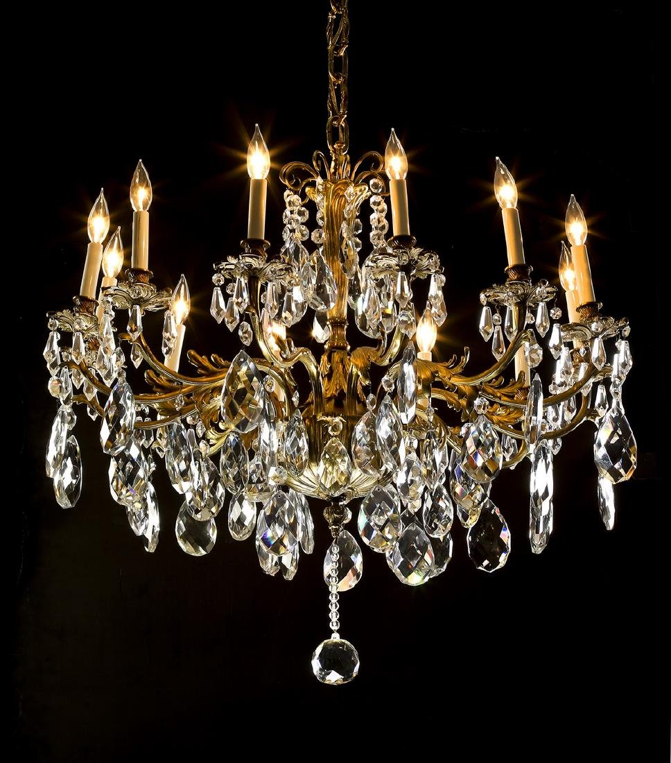 Continental bronze and crystal 12-light chandelier