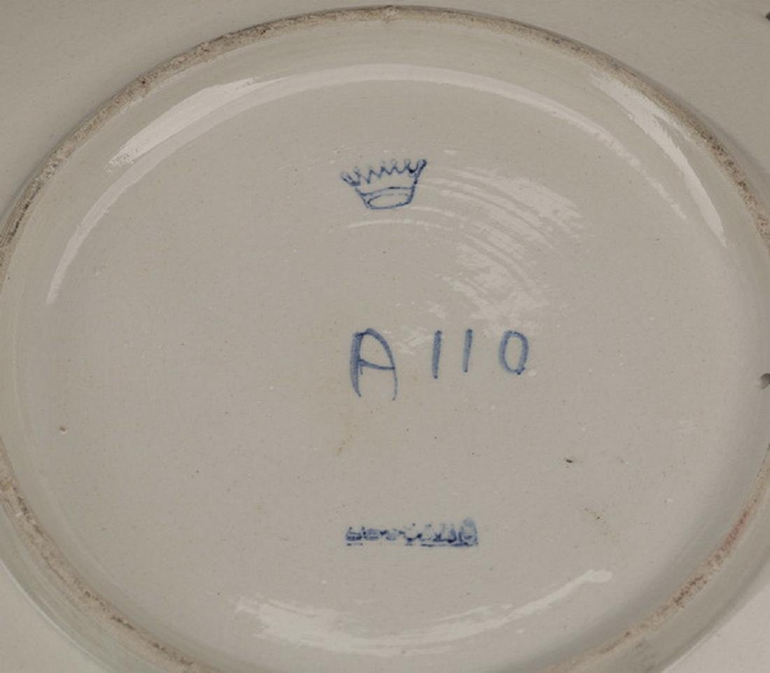 5-Piece grouping of French and Spanish pottery - 2