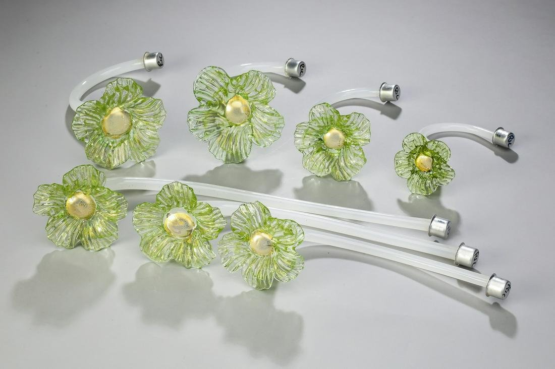 (7) Italian Murano hand-formed glass flowers