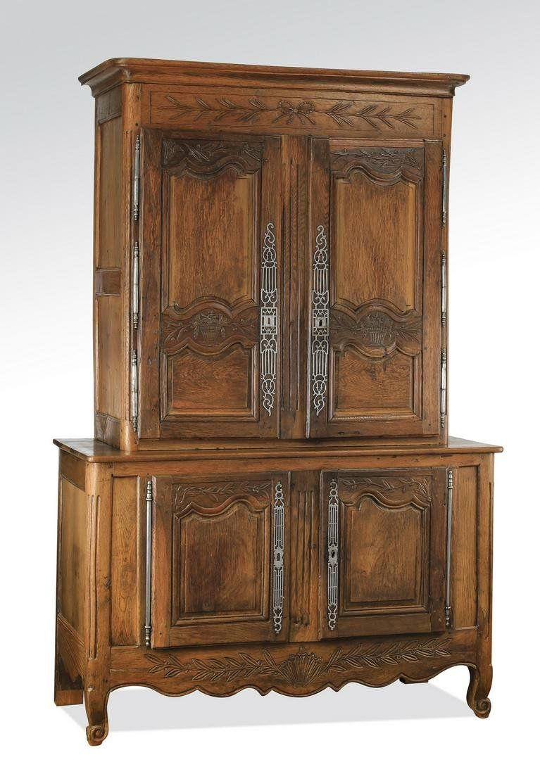 18th c. French carved oak buffet a deux corps