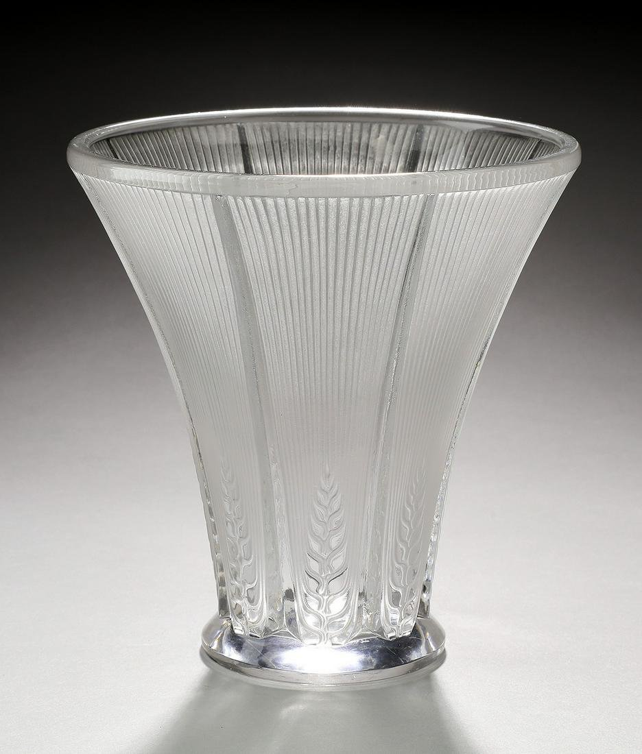 Contemporary crystal vase in a 'Wheat' pattern