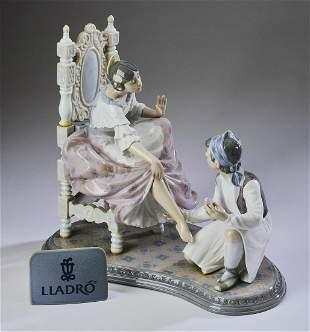 "Lladro retired porcelain figure 'Allow Me' #6086, 12"""