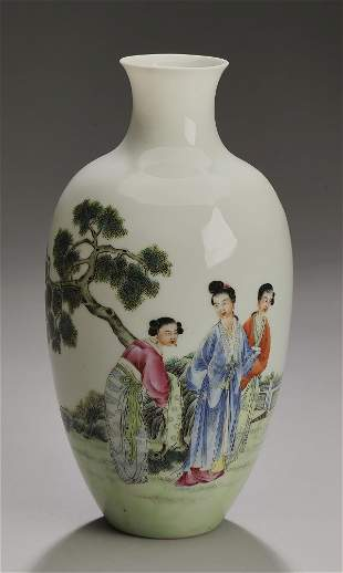 Chinese eggshell porcelain vase with beauties