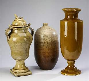 Group of 3 ceramic urns and vases 16h to 21h