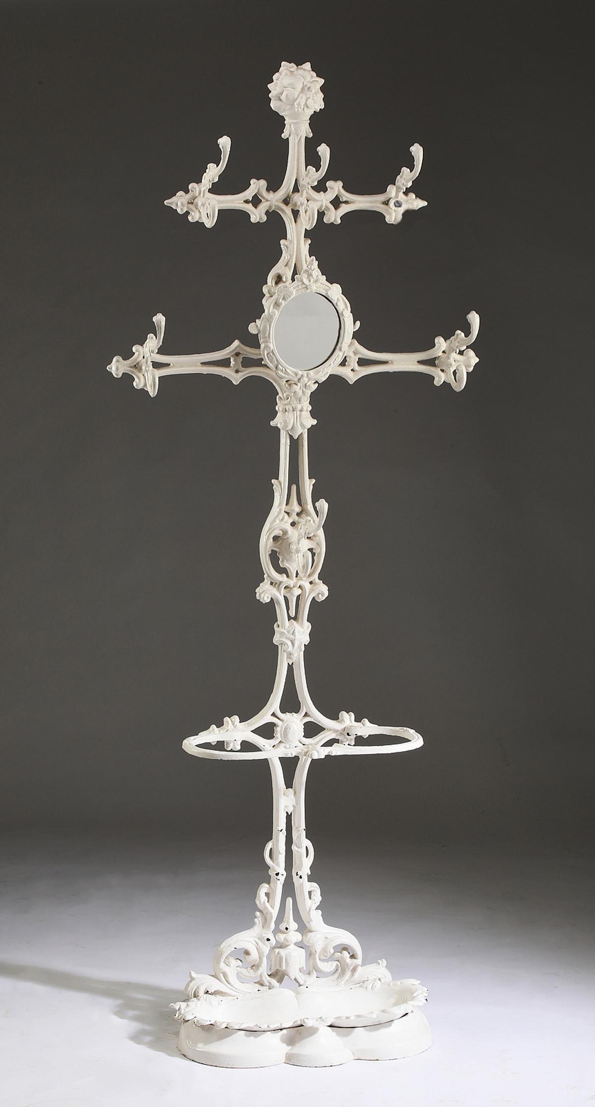 For Auction Late 19th C Paint Decorated Cast Iron Hall Tree 0313 On Jan 23 2021 Great Gatsby S Auction Gallery Inc In Ga