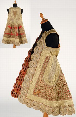 15: Embroidered 19th century robe