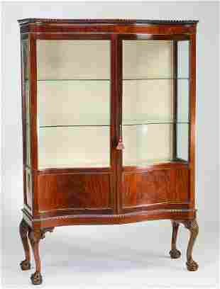 Early 20th c. Queen Anne style mahogany cabinet