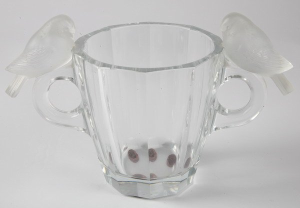 4: Art glass vase, signed Lalique