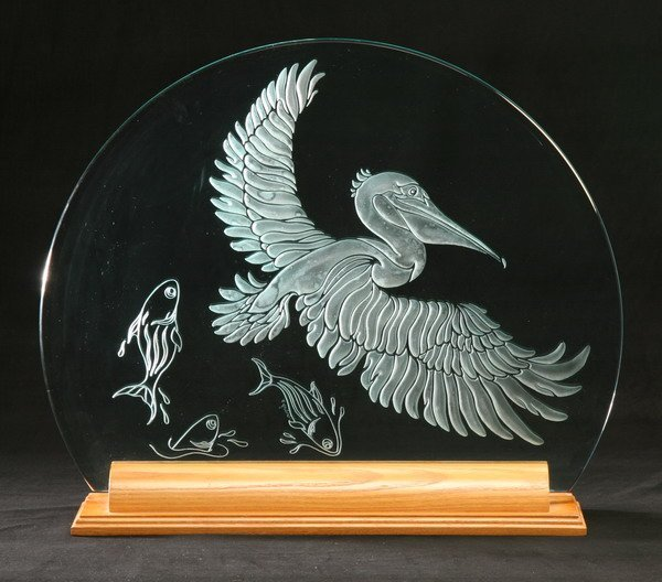 7: Art glass etched disc with stand