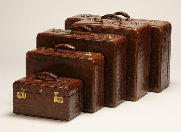 437: Custom set of Hartmann luggage in crocodile