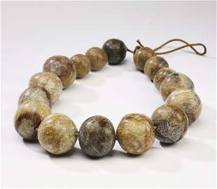 """Chinese oversized jade bead necklace, 22""""l"""