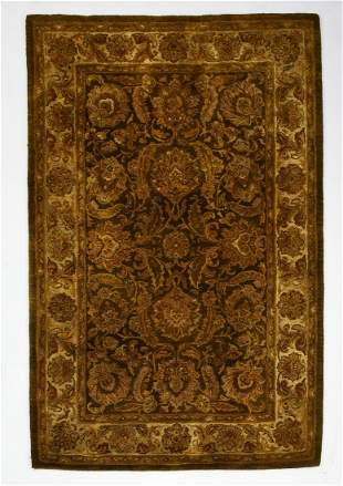 Indo-Persian hand tufted wool rug, 9 x 6