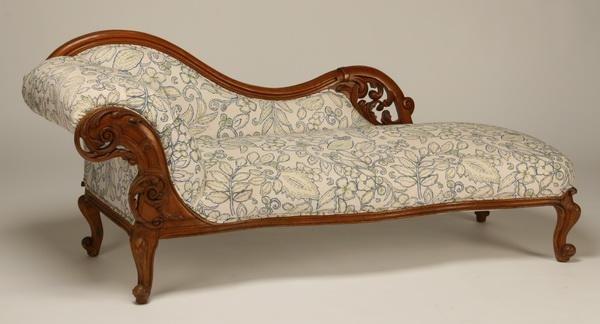 16: 19th c. oak fainting sofa