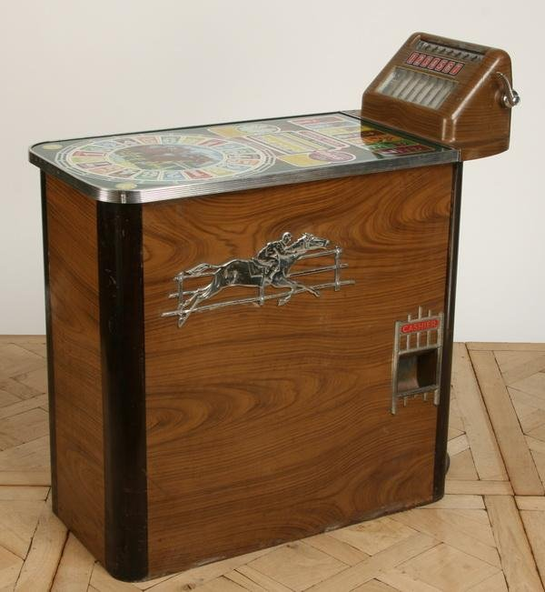 47: Vintage horse racing slot machine by Buckley - 3