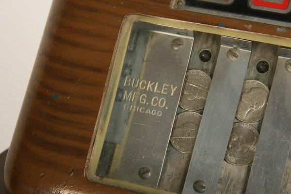47: Vintage horse racing slot machine by Buckley - 7
