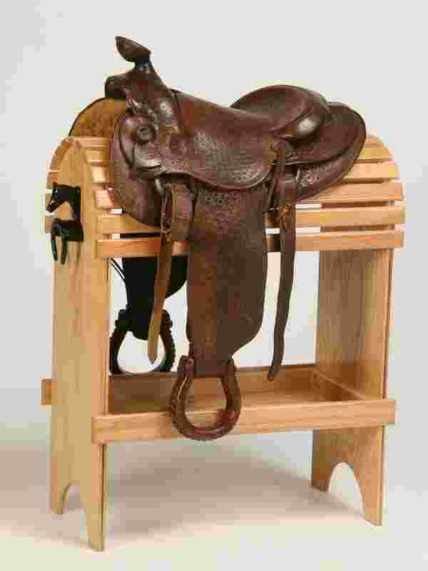 242 Western Saddle By Veach
