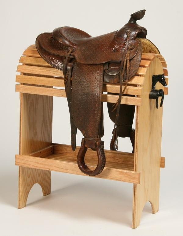 242: Western saddle by Veach - 2