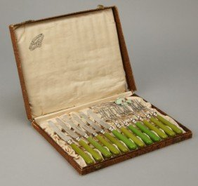 21: Early 20th c. hors d'ouvres set