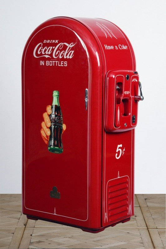 32: Restored Coca Cola vending machine