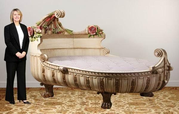 53: Rare early 20th c. Venetian gondola bed