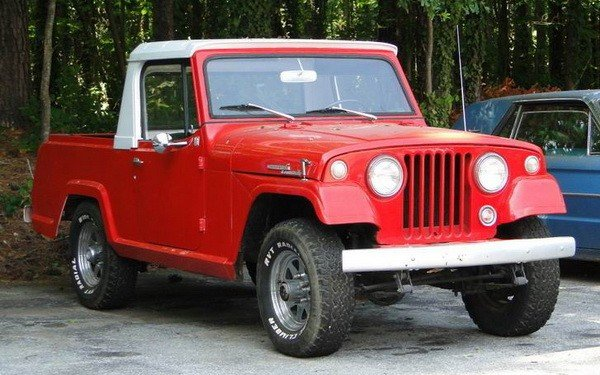 90: 1967 Jeepster pick-up truck