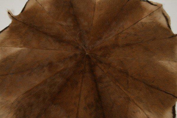 57: Round deer skin rug - 3