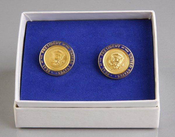16: Pair of Presidential cufflinks