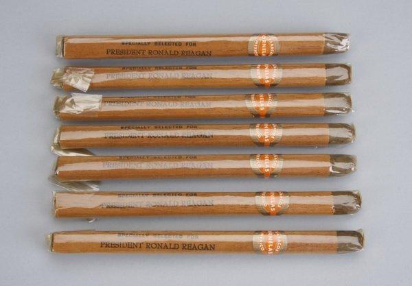 20: (7) Reagan White House presidential cigars