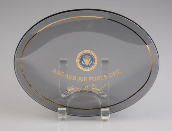 23: Air Force One glass dish