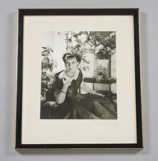 24: Mrs. Eisenhower's portrait by Louise D. Wolfe