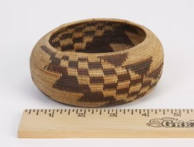 Early 20th C. Pomo Coiled Gift Basket