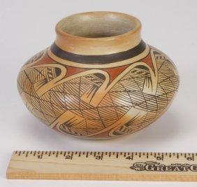 24: Hopi polychrome pottery vase, Elva Nampeyo