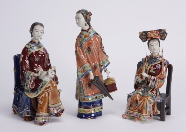 (3) Chinese Sekwan ceramic figurines