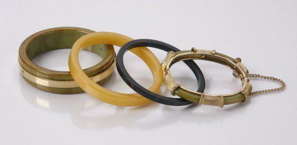 (4) Early 20th c. Bakelite bracelets