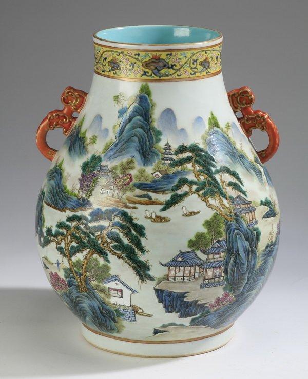 """Chinese wucai hu vase, Qianlong mark, 13""""h"""