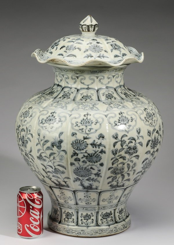 """Large Chinese covered jar, w/ auspicious flowers, 22"""""""
