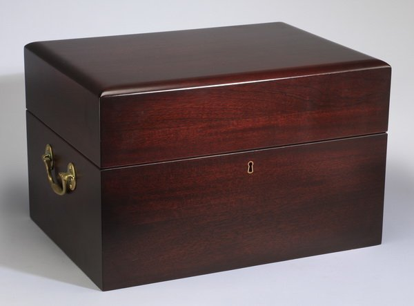 11-Piece vintage captain's spirit chest - 3