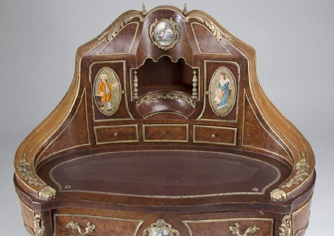 """Louis XV style marquetry bureau à rognon, 50""""h - 4"""