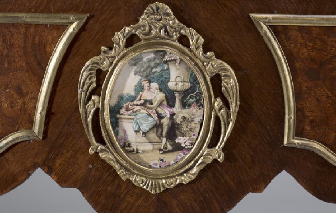 """Louis XV style marquetry bureau à rognon, 50""""h - 7"""