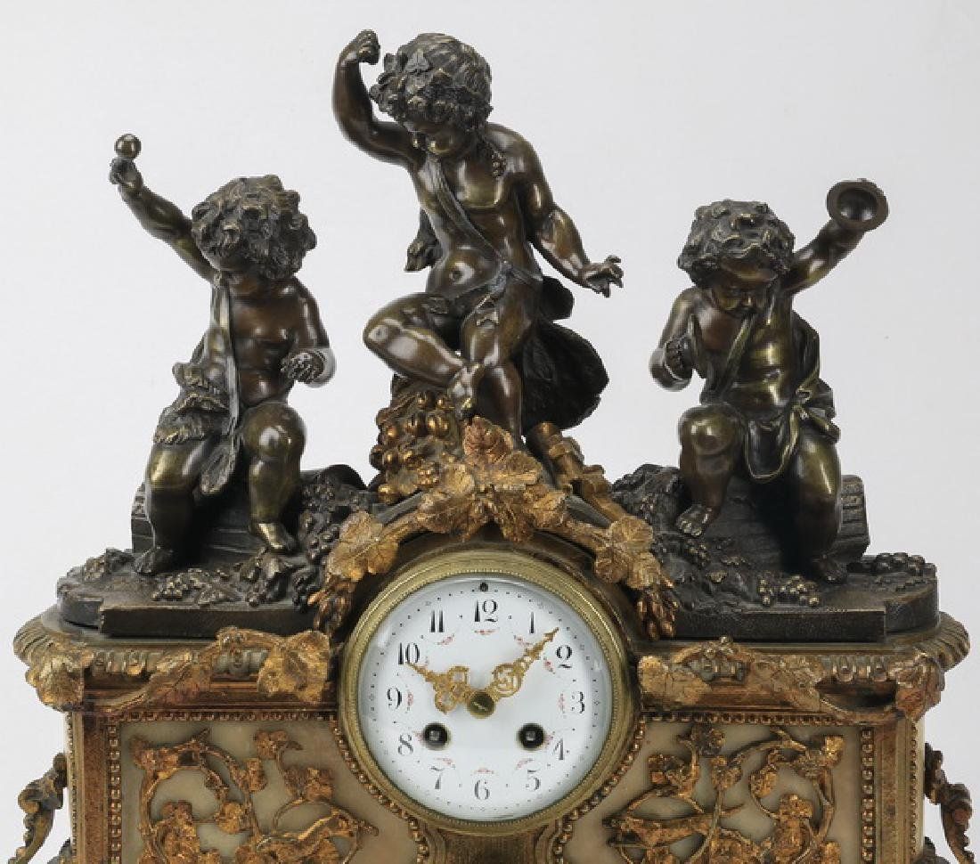 Bronze and marble mantel clock with putti - 2
