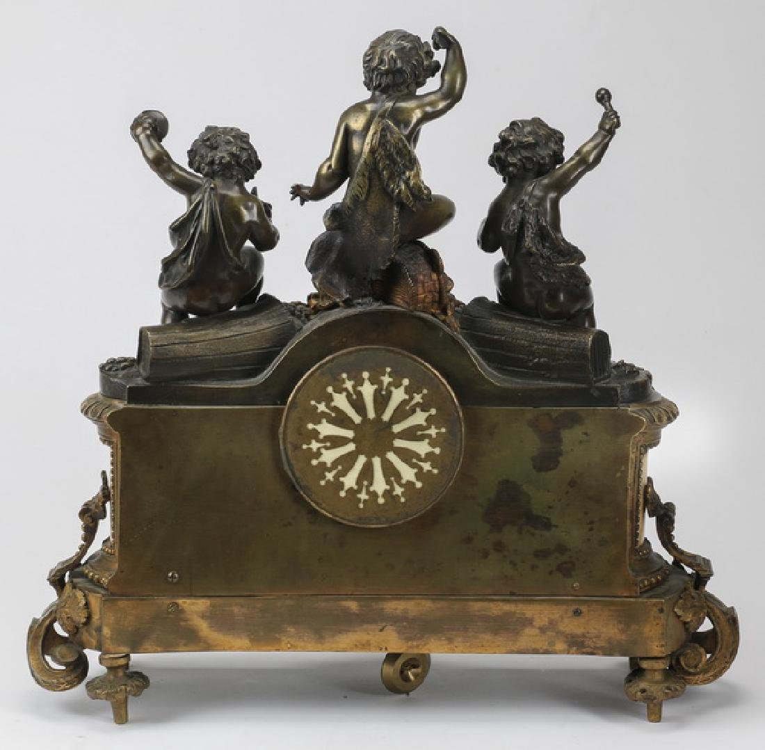 Bronze and marble mantel clock with putti - 3