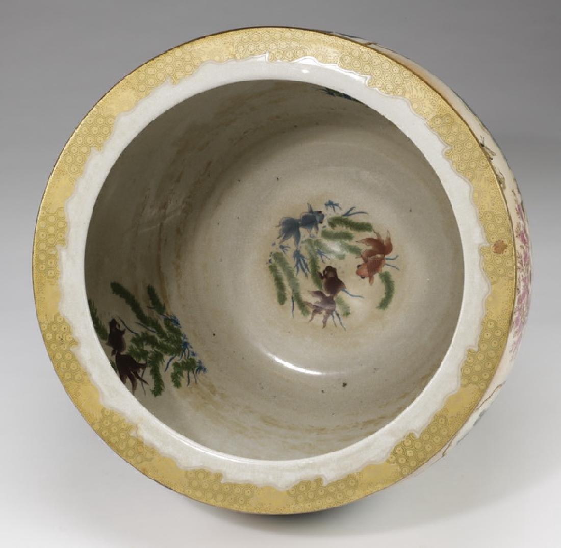 Chinese ceramic fishbowl with stand - 3