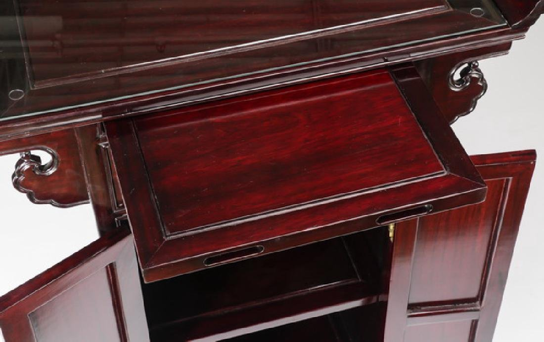 Chinese rosewood altar cabinet with mother of pearl - 3