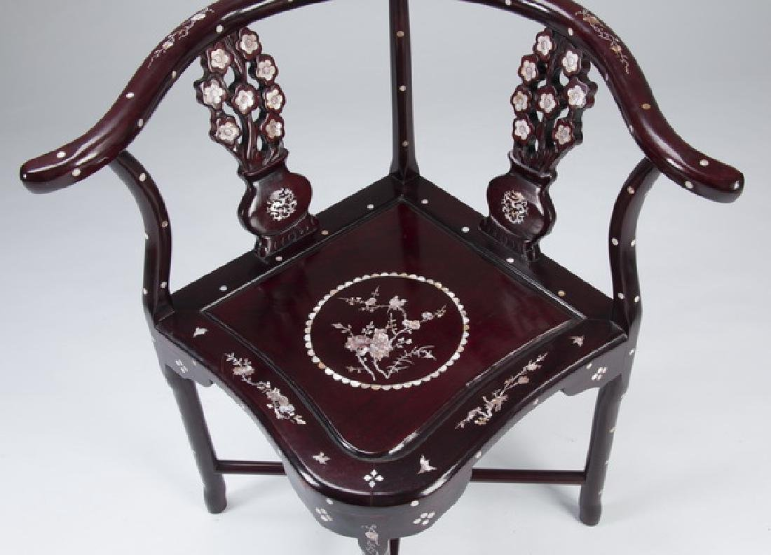 Chinese rosewood and mother-of-pearl corner chair - 3