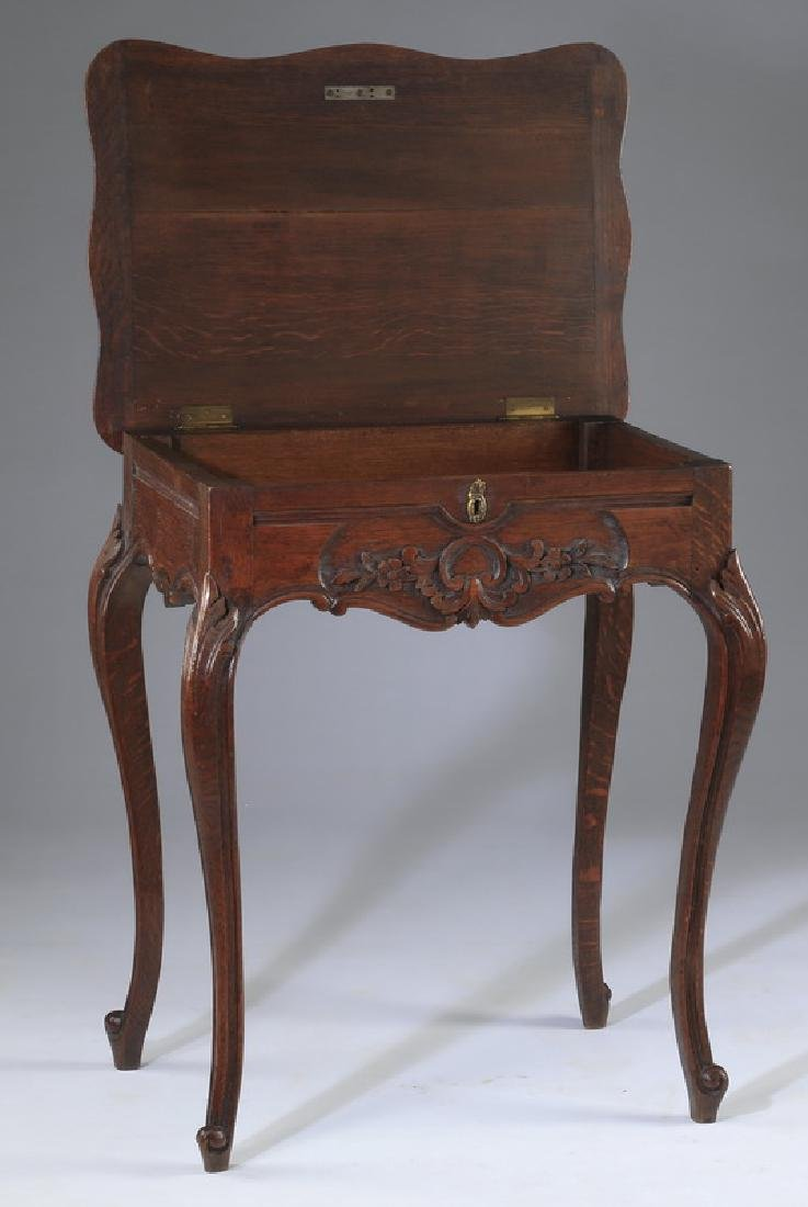 French Provincial walnut side table, 19th c. - 4
