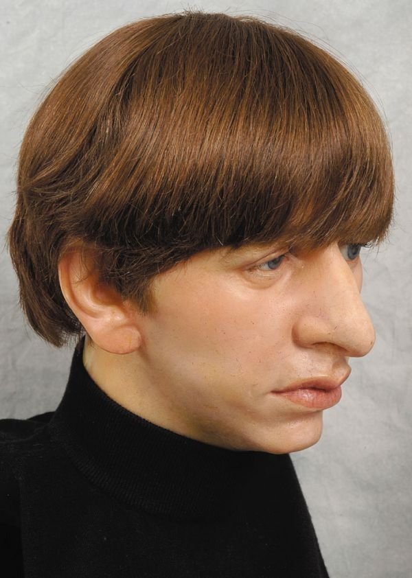 273†: The Beatles waxwork heads from Sgt Peppers' cover - 6